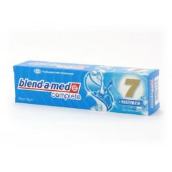 Pasta do zębów Blend-a-med comp 7...